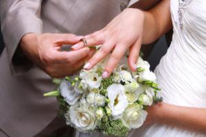 福岡結婚相談所ひまわりブーケの成婚までの流れのご成婚の写真